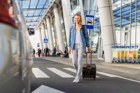 Taxi pour le transfert de personne depuis un aéroport